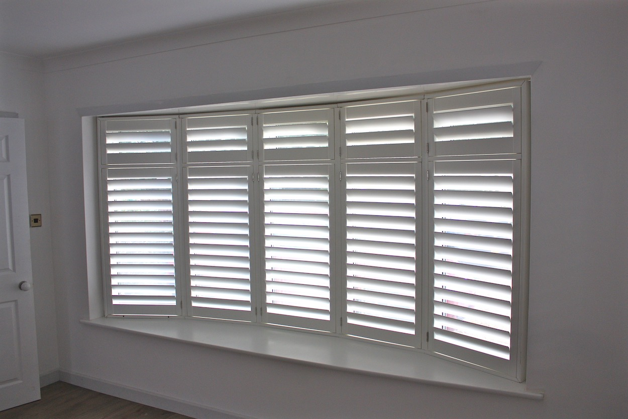 5 Facet Bow Window with  Plantation Shutters
