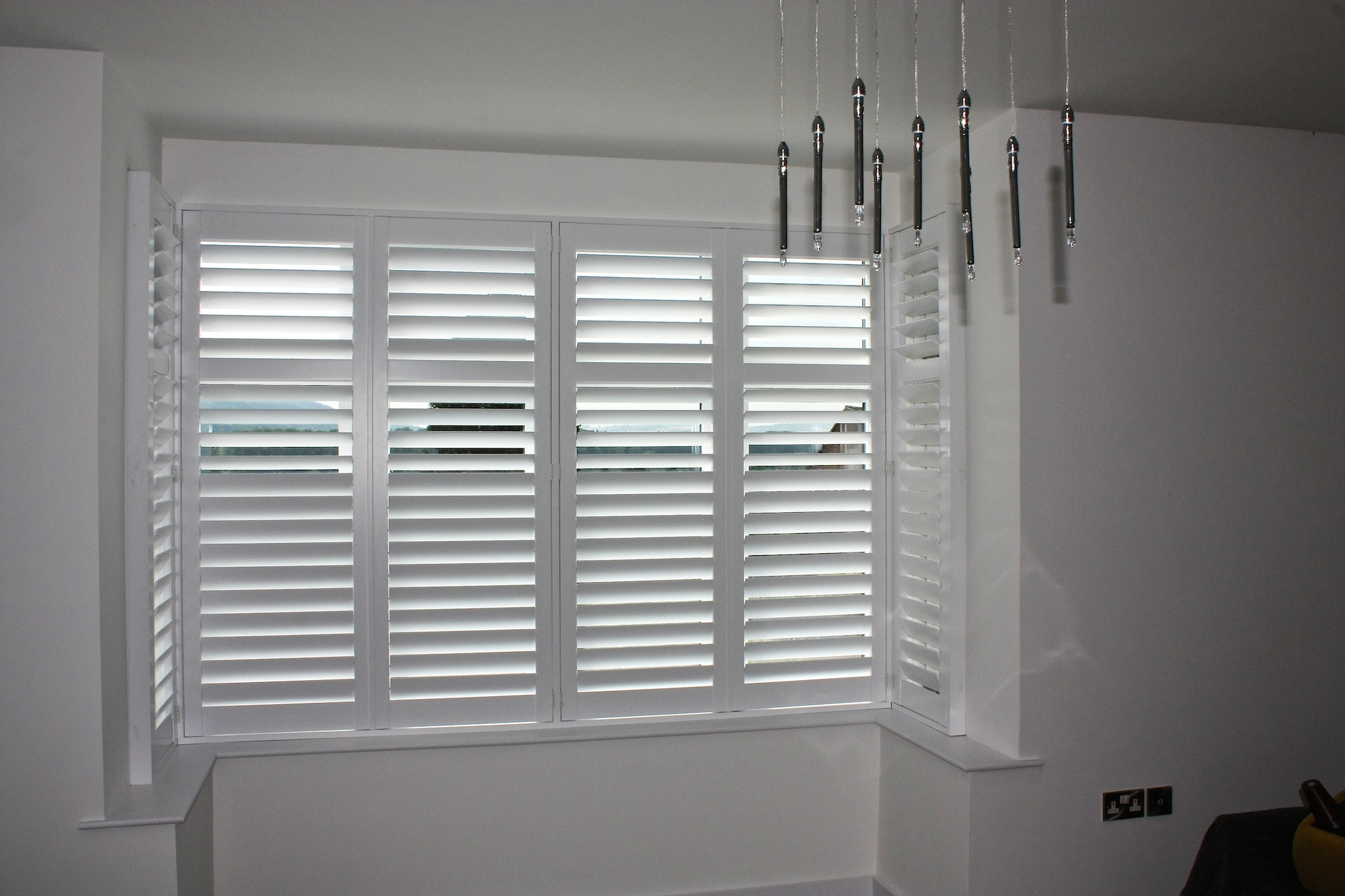 Square bay with shutters