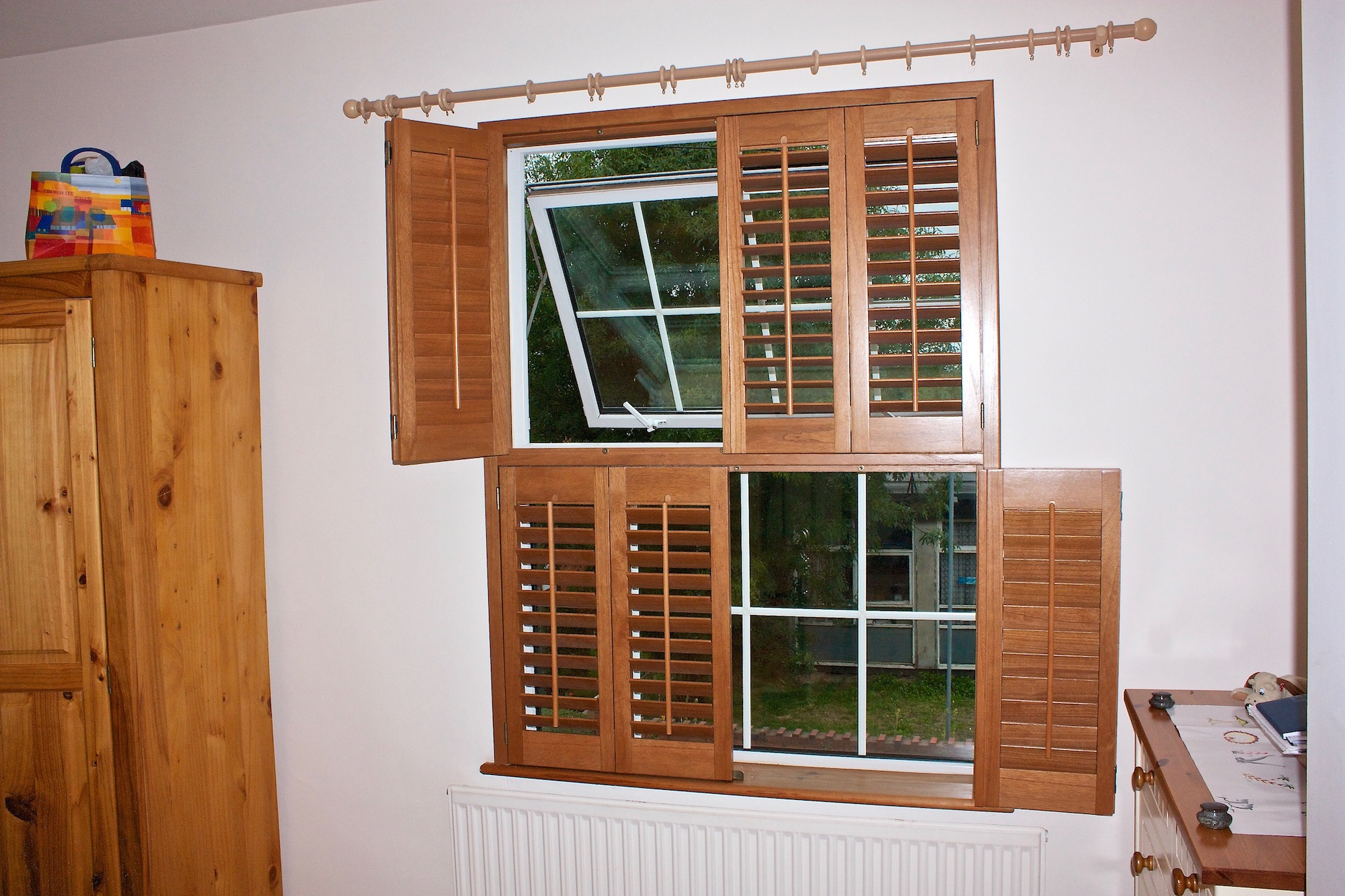 Stained Wood Tier On Tier Plantation Shutters